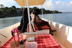 sunset-cruise-on-lake-victoria-uganda