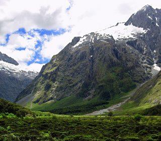Vigorous-mountains