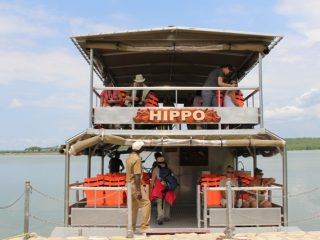 Experience the Kazinga Channel in Queen Elizabeth National park